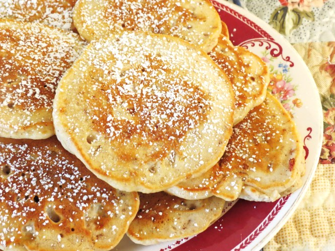 banana nut pancakes - my yellow farmhouse