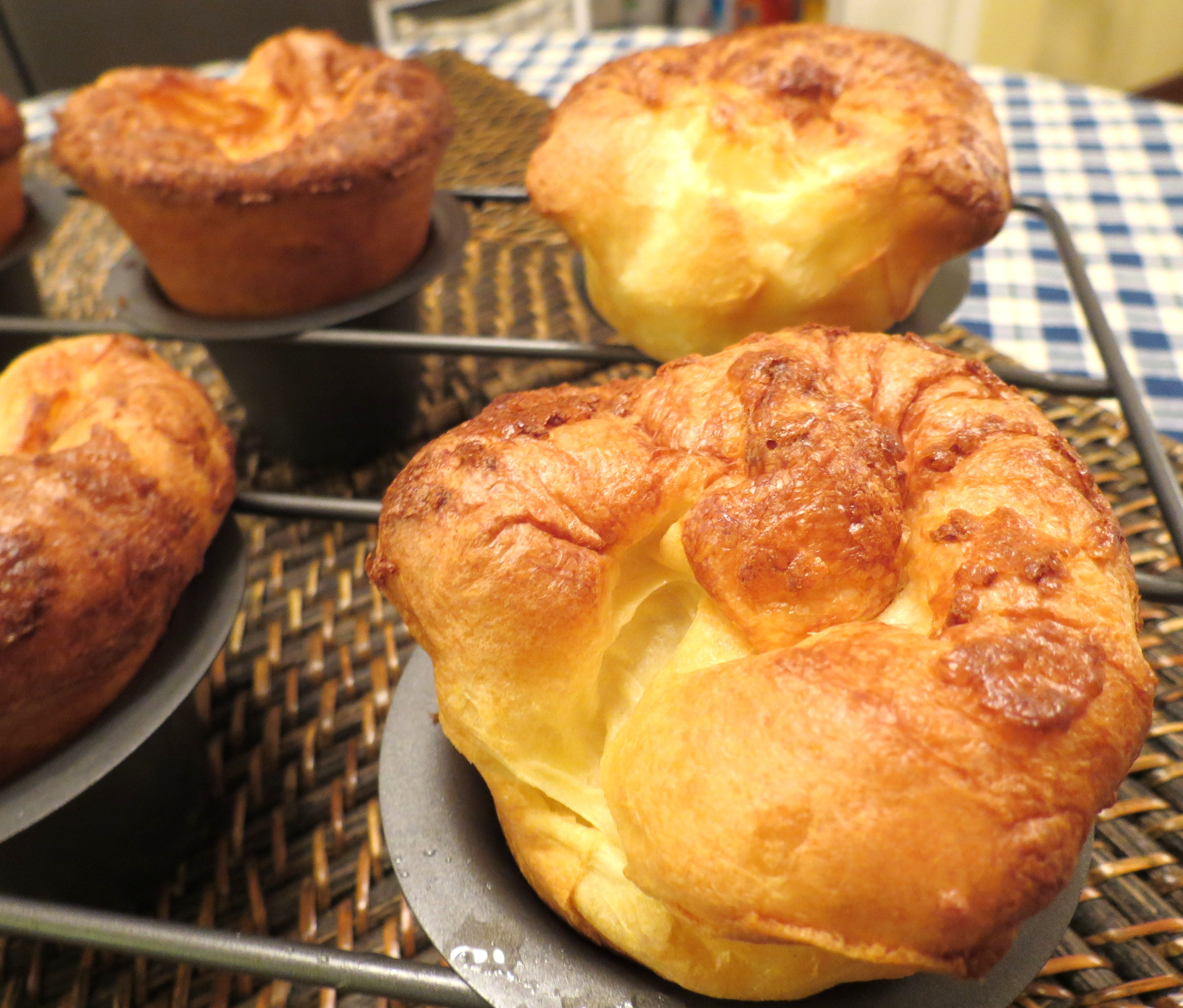 "... Chat""… Yorkshire Pudding versus Popovers 