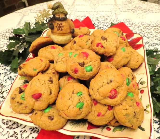 My Yellow Farmhouse Peanut Butter Cookies with Peanut M & Ms Cookies - My Yellow Farmhouse.com