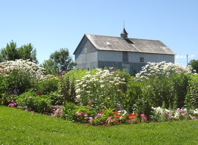 Largest Garden - St. Antoine de Tilly -