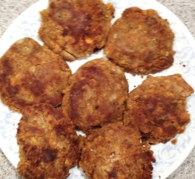 Naomi's Salmon Patties - My Yellow Farmhouse