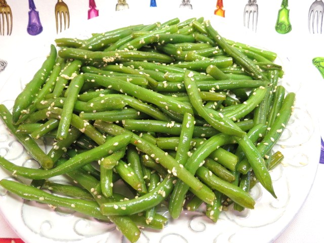 Prepare Ahead Green Beans with Browned Butter and Sesame Seeds