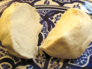 Khobz - Moroccan Bread - - www.myyellowfarmhouse.com
