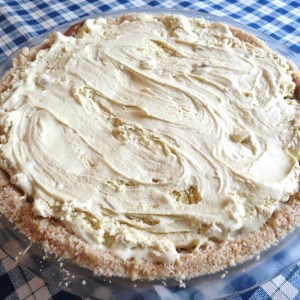 Toffee Ice Cream Pie - myyellowfarmhouse.com