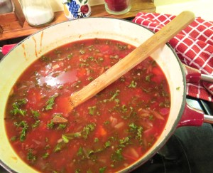Slightyly Spicy Three Bean, Tomato and Kale Soup - myyellowfarmhouse.com