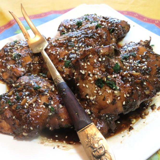 Balsamic, Honey, Soy Sauce and Garlic Chicken - myyellowfarmhouse.com