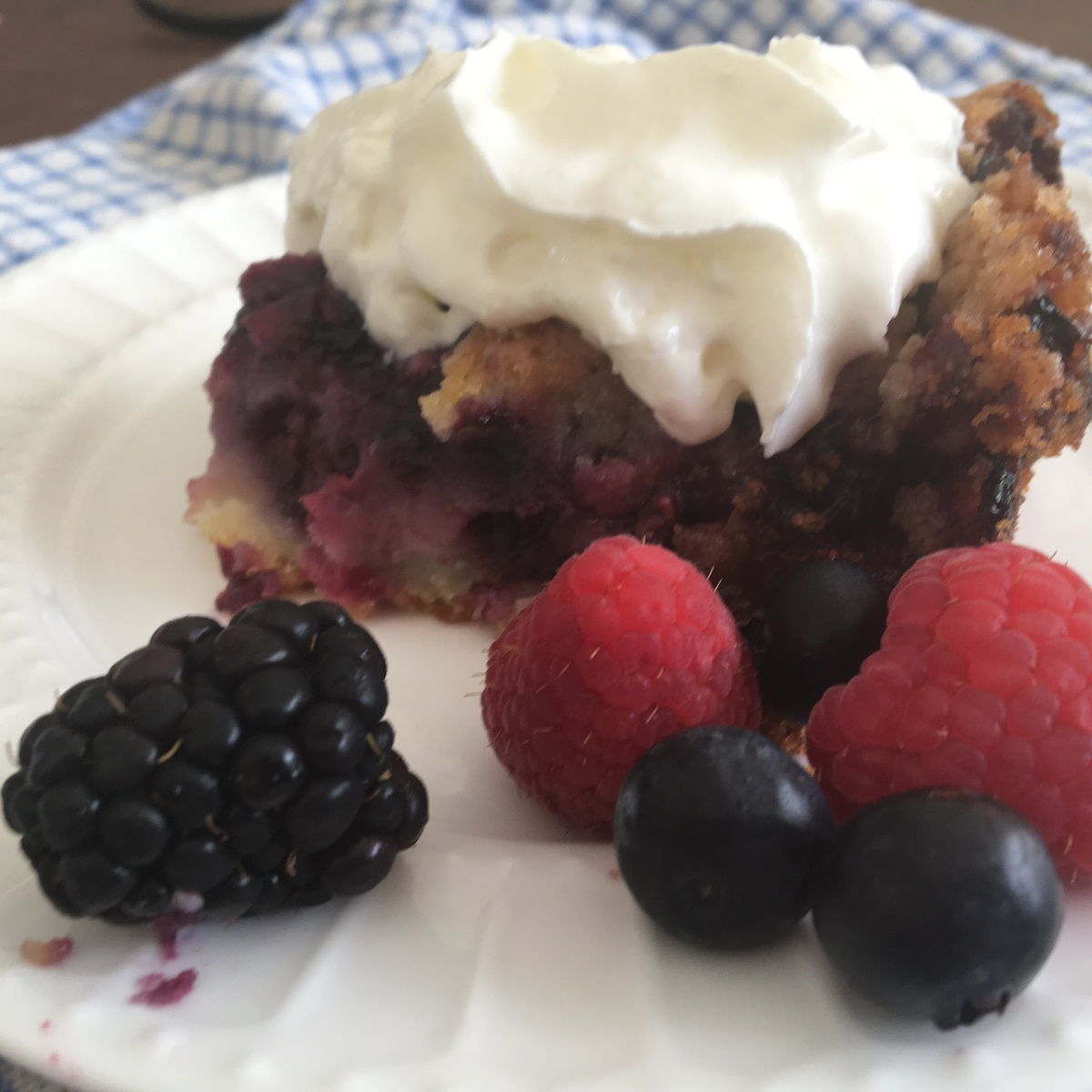 Mixed Berry Bubble-Up Cobbler